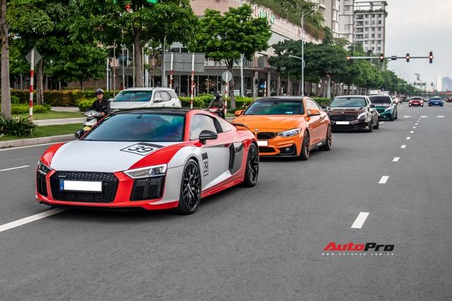 Dàn siêu xe, xe thể thao Nhật, Đức với màu sắc như tắc kè hoa hội ngộ cuối tuần tại Sài Gòn - Ảnh 1.