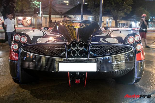 Vừa chốt mua Maserati Levante Trofeo, Minh nhựa mang Pagani Huayra đánh bóng mặt đường đêm - Ảnh 5.