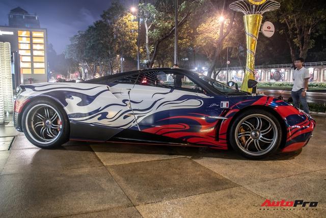 Vừa chốt mua Maserati Levante Trofeo, Minh nhựa mang Pagani Huayra đánh bóng mặt đường đêm - Ảnh 4.