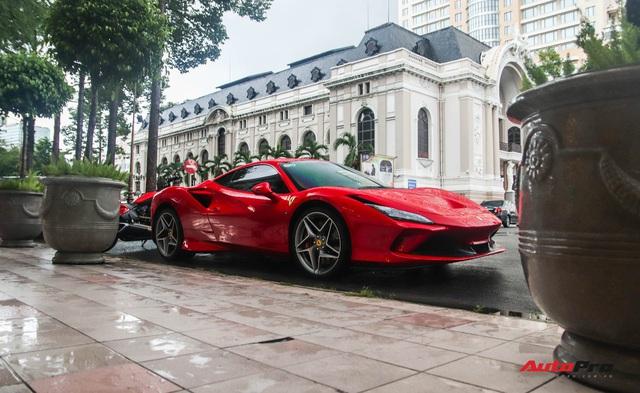 Bóc tách Ferrari F8 Tributo của doanh nhân Nguyễn Quốc Cường: Riêng tiền option lên tới hơn 800 triệu đồng - Ảnh 1.