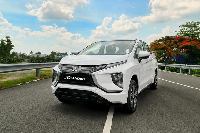 Mitsubishi Xpander 2020 thêm bản số sàn: Giá 555 triệu đồng, vẫn nhập nguyên chiếc, thêm áp lực cho Ertiga và XL7 - Ảnh 1.