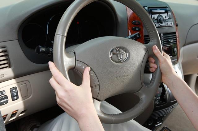 COVID-19 và mối nguy hại tiềm tàng với nội thất xe mà người dùng có thể chưa biết - Ảnh 2.