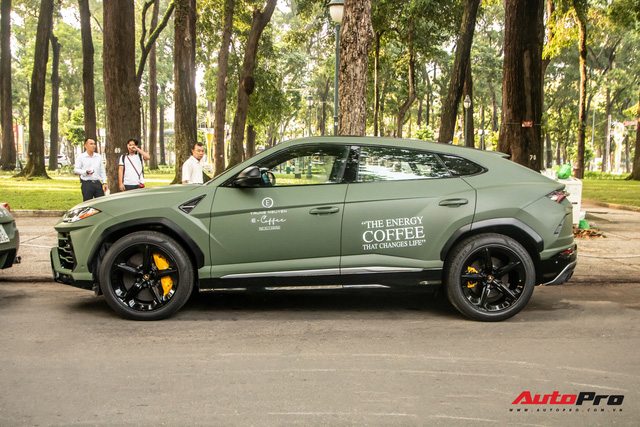 Lamborghini Urus của ông Đặng Lê Nguyên Vũ lần đầu lăn bánh trên đường phố - Ngôi sao của HTTTT 2020 - Ảnh 3.