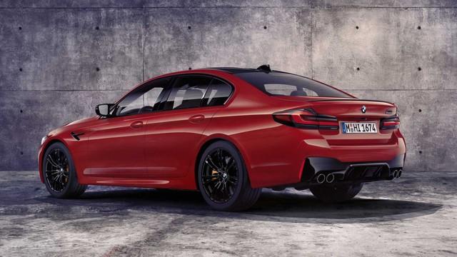 Ra mắt BMW M5 2020: Vóc dáng mới, công nghệ tân tiến để tối đầu Mercedes-AMG E 63 - Ảnh 2.