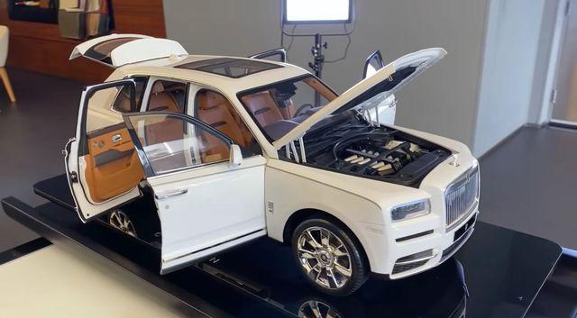 Mô hình Rolls-Royce Cullinan y như thật giá 40.000 USD, đắt hơn cả Mercedes-Benz GLB - Ảnh 1.