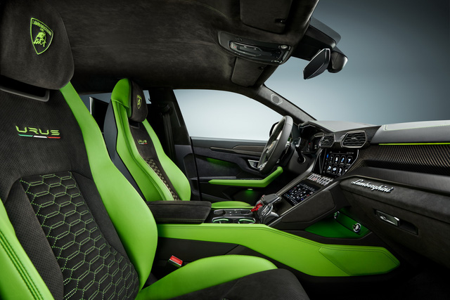 Lamborghini Urus lần đầu có bản độ chính hãng - Liệu đủ hút hồn giới đại gia Việt đặt hàng về nước? - Ảnh 2.