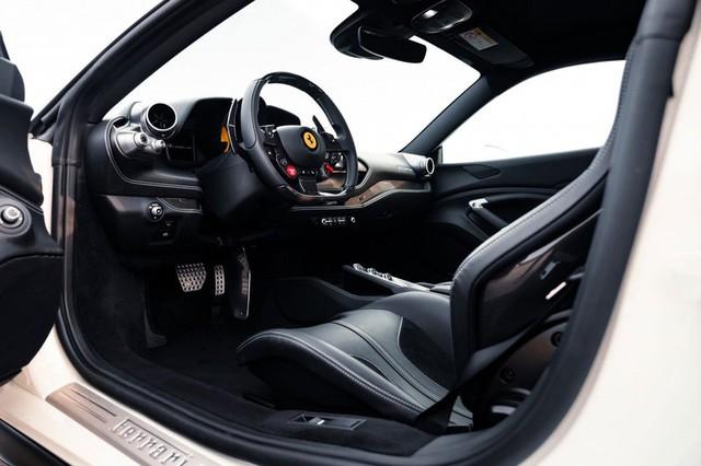 Ferrari F8 Tributo mạnh mẽ hơn sau khi qua tay hãng độ Novitec - Ảnh 14.