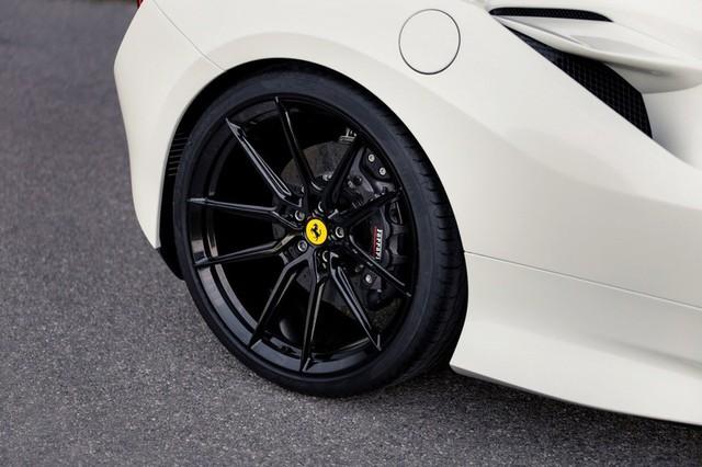 Ferrari F8 Tributo mạnh mẽ hơn sau khi qua tay hãng độ Novitec - Ảnh 7.