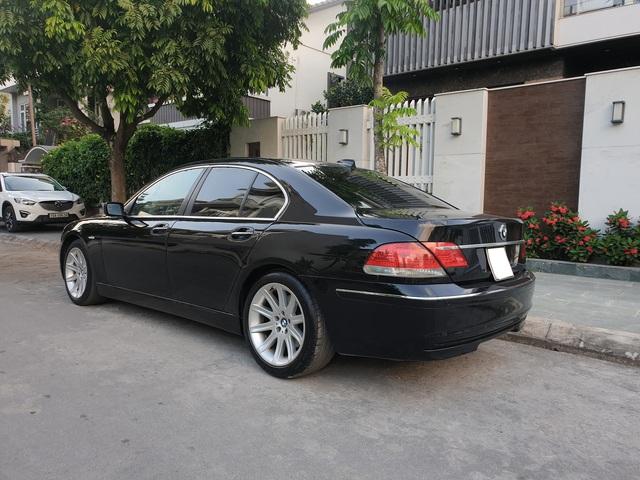 [20h Xe Cũ] Khấu hao như BMW 750 Li 2007, giá xe sau 13 năm rẻ hơn tiền đóng phí trước bạ khi mua mới - Ảnh 2.