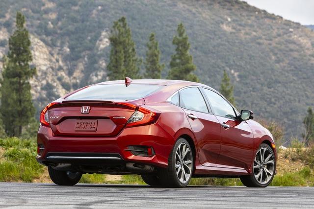 Bán kém, Honda Civic sedan bị khai tử tại chính quê nhà - Ảnh 1.