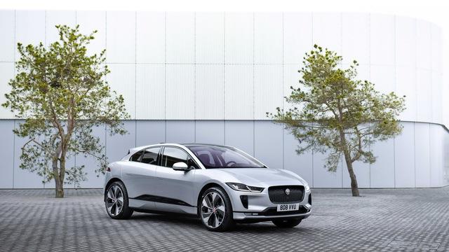 Jaguar sắp chỉ có xe rẻ nhất cũng quy đổi từ 3 tỷ đồng, lên chung mâm với Bentley - Ảnh 1.