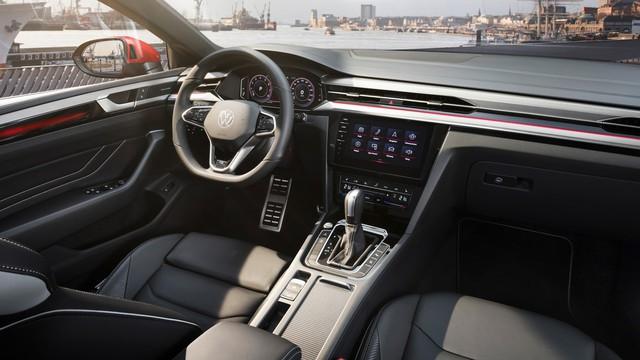 Ra mắt Volkswagen Arteon mới - Nỗ lực hoàn thành giấc mơ sang hoá sedan  - Ảnh 7.