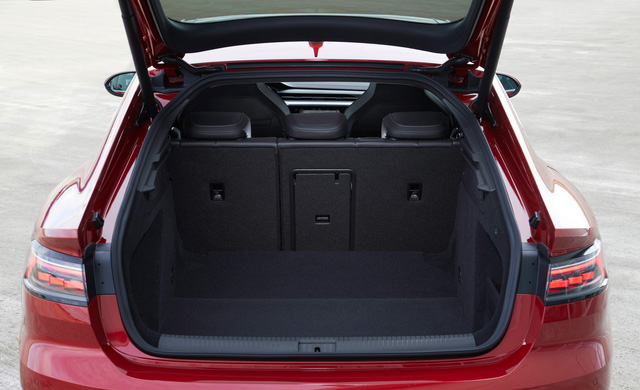 Ra mắt Volkswagen Arteon mới - Nỗ lực hoàn thành giấc mơ sang hoá sedan  - Ảnh 6.