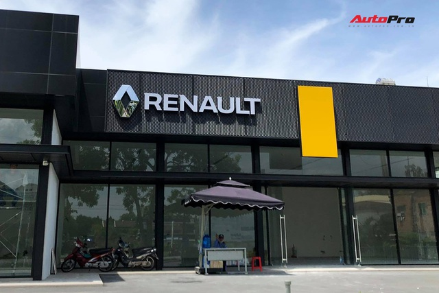 Renault, Ducati về chung nhà với Bentley, Lamborghini, Aston Martin tại Việt Nam - Ảnh 2.