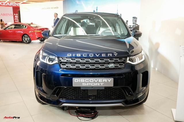 Land Rover Discovery Sport 2020 ra mắt khách Việt: 5 phiên bản, giá cao nhất hơn 3,8 tỷ đồng, nhiều tùy chọn cơ bản nhưng phải trả thêm tiền - Ảnh 1.