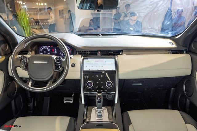 Land Rover Discovery Sport 2020 ra mắt khách Việt: 5 phiên bản, giá cao nhất hơn 3,8 tỷ đồng, nhiều tùy chọn cơ bản nhưng phải trả thêm tiền - Ảnh 3.