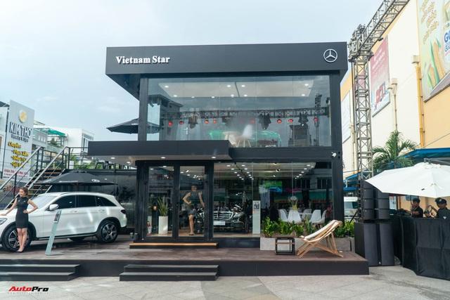 Khám phá showroom Mercedes-Benz di động lạ lẫm đầu tiên tại Việt Nam: Có thể đi muôn nơi, tiếp cùng lúc 20 khách hàng - Ảnh 3.