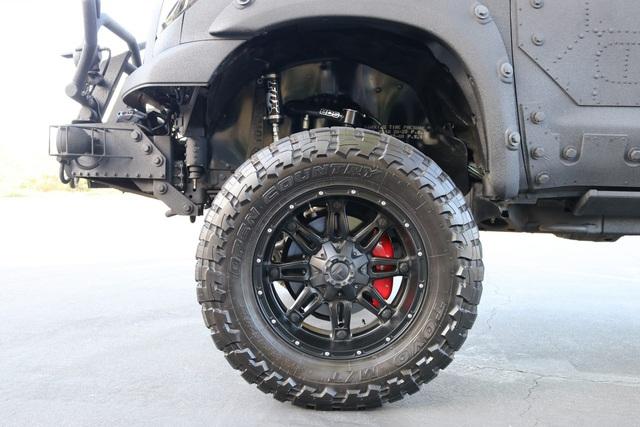 Quái thú Toyota Tundra vơi gói trang bị TRD Off-Road - Ảnh 10.
