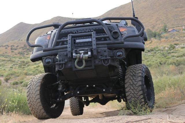 Quái thú Toyota Tundra vơi gói trang bị TRD Off-Road - Ảnh 4.