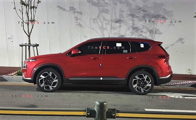 Hyundai chuẩn bị công bố giá bán Santa Fe 2021 - Nỗi lo của Mazda CX-8 và Kia Sorento - Ảnh 2.