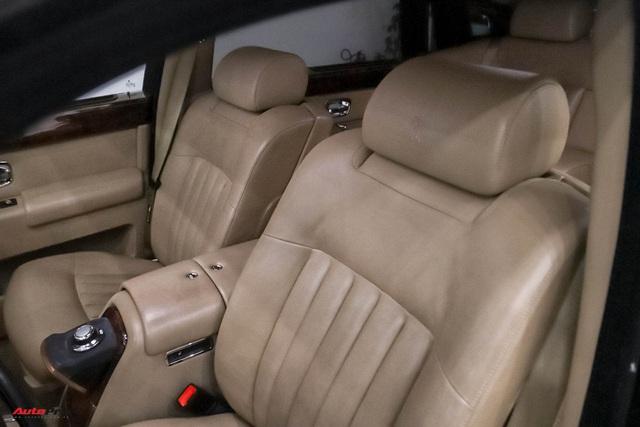 Xe siêu sang Rolls-Royce Phantom EWB đời 2008 còn lại gì sau 12 năm sử dụng? - Ảnh 7.