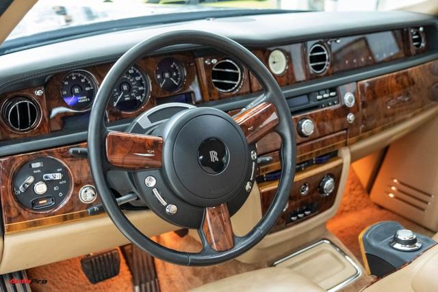 Xe siêu sang Rolls-Royce Phantom EWB đời 2008 còn lại gì sau 12 năm sử dụng? - Ảnh 6.