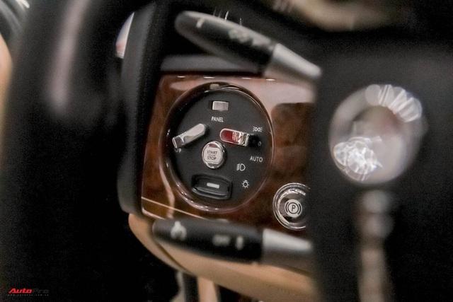 Xe siêu sang Rolls-Royce Phantom EWB đời 2008 còn lại gì sau 12 năm sử dụng? - Ảnh 12.