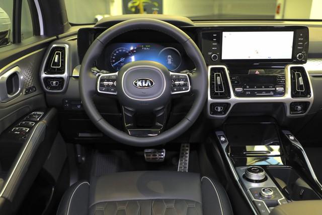 Rộ tin Kia Sorento thế hệ mới sắp bán tại Việt Nam: Đòn đáp trả Hyundai Santa Fe trong năm nay - Ảnh 4.