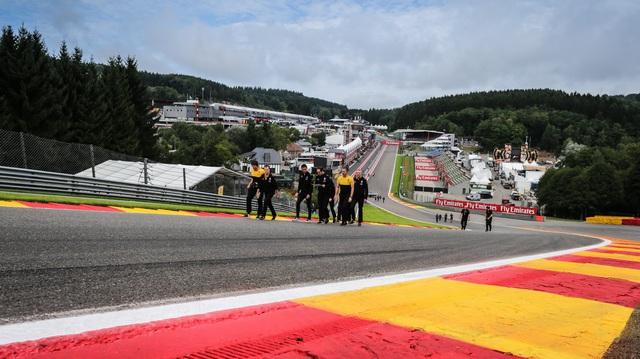 Mùa giải F1 chốt lịch 8 vòng đua đầu tiên: Áo, Anh được ưu ái 2 chặng, chưa có tên Việt Nam