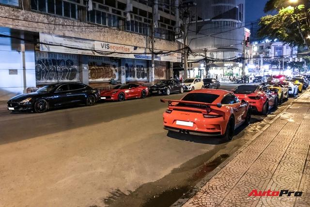 Dàn siêu xe và xe thể thao hội ngộ lúc nửa đêm, thành lập nhóm siêu xe thứ 2 tại Việt Nam - Ảnh 2.