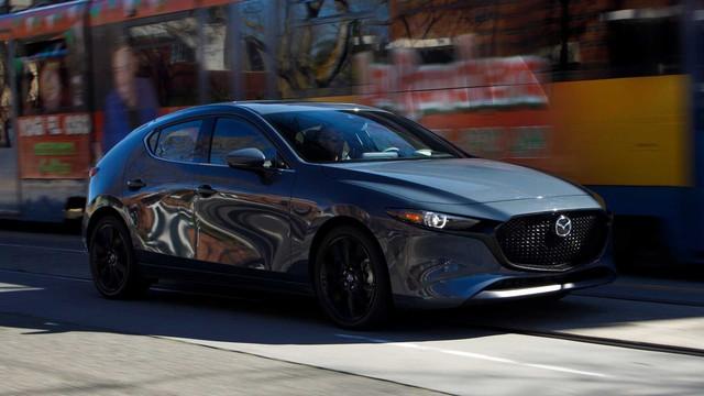 Mazda sẽ làm xe hiệu suất cao: Khởi đầu với Mazda3 trong khi Mazda6/CX-5 sẽ vươn tầm xe sang - Ảnh 2.