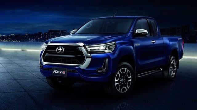 Ra mắt Toyota Hilux 2021: Như RAV4, mạnh ngang Ford Ranger Raptor, chờ ngày về Việt Nam vực dậy doanh số - Ảnh 1.