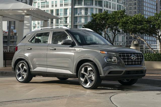 Hyundai Santa Fe 2020 vừa ra mắt đã sắp có bản mới kèm thêm phiên bản đặc biệt - Ảnh 4.