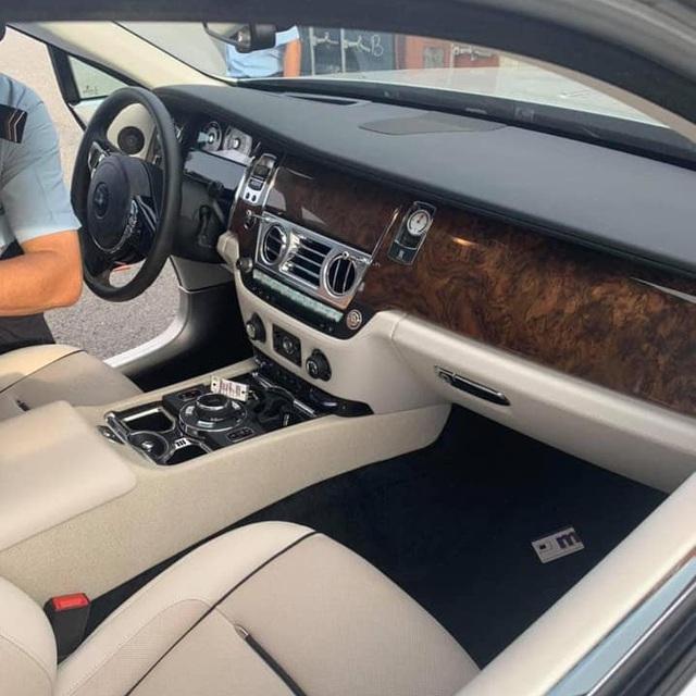 Thêm Rolls-Royce Wraith về Việt Nam: Năm sản xuất và giá rẻ bất ngờ - Ảnh 5.