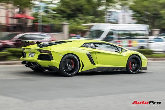 Đại gia Sài Gòn lột xác Lamborghini Aventador biển tứ quý 9 với màu sắc chói chang - Ảnh 7.