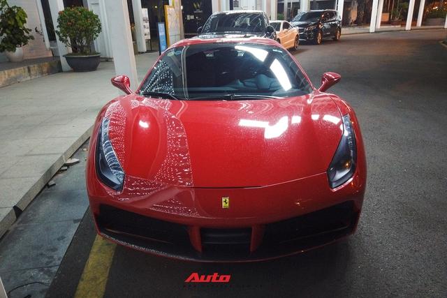 Ferrari 488 Spider cũ của doanh nhân Nguyễn Quốc Cường tái xuất Sài Gòn sau khoảng thời dài gian định cư Hà Nội