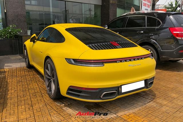 Đại gia Sài Gòn tậu Porsche 911 Carrera S thế hệ mới với màu vàng nổi bật - Ảnh 5.