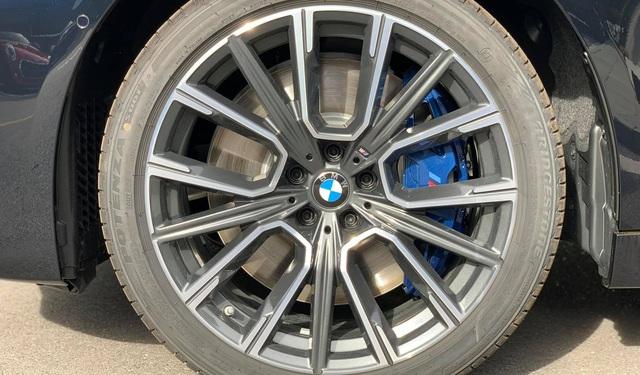 autopro bmw 740li m sport 2020 vn 106 15944891612121020278001 crop 15945101765711958098556 Hàng độc BMW 740Li M Sport 2020 về Việt Nam với 'option' siêu dị