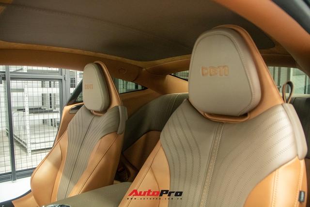 Cận cảnh Aston Martin DB11 màu trắng Morning Frost tại Sài Gòn với giá niêm yết hơn 15 tỉ đồng - Ảnh 10.