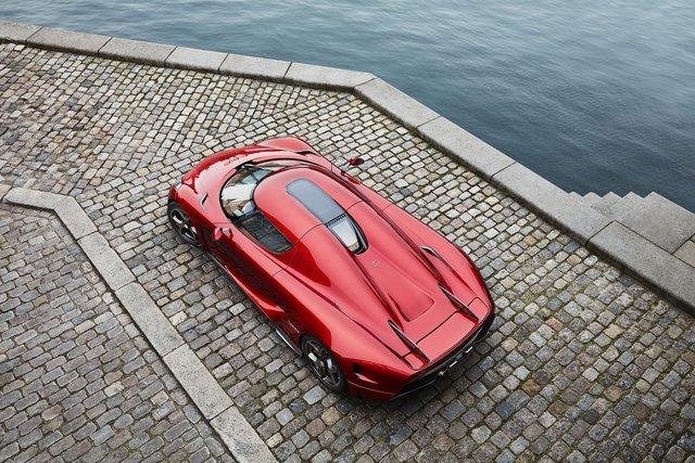 Rảnh rỗi mùa dịch, Koenigsegg lấy siêu xe ra làm phim - Ảnh 1.