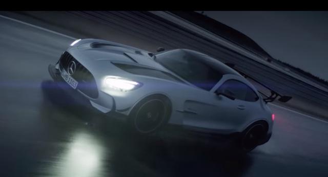 Mercedes sắp có xe điện thể thao, thách thức Porsche Taycan - Ảnh 1.