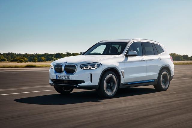BMW X3 2021 bất ngờ lộ diện, Mercedes-Benz GLC cần dè chừng - Ảnh 3.