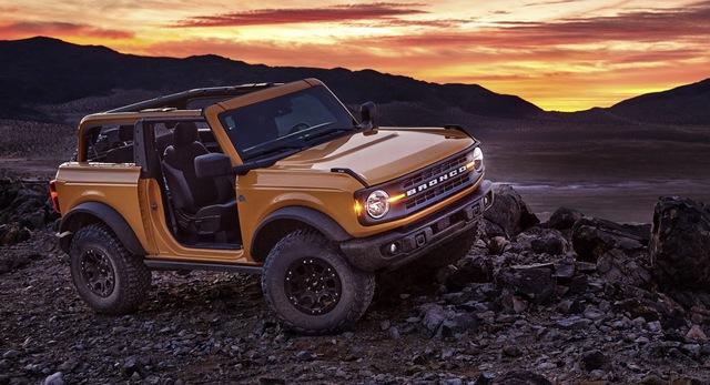 Ford Bronco chính thức chào sân: Trở lại để thống trị thị trường SUV off-road - Ảnh 5.