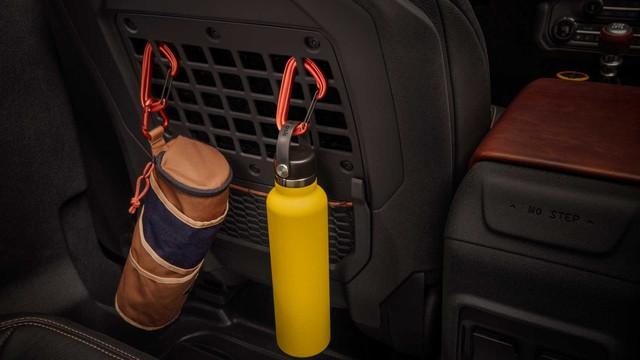 Săm soi chi tiết nội, ngoại thất Ford Bronco mới - Ảnh 7.