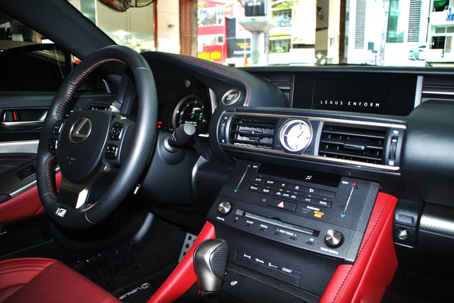 Xe chơi hàng độc Lexus RC 350 F-Sport bán lại giá 2,8 tỷ đồng, tình trạng sử dụng gây ngạc nhiên - Ảnh 3.