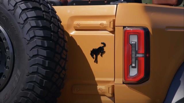 Khám phá 5 bí mật thú vị trên Ford Bronco vừa ra mắt - Ảnh 5.