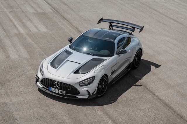 Mercedes-AMG GT R của Nguyễn Quốc Cường sớm thành hàng độc vì xe sắp bị khai tử - Ảnh 1.