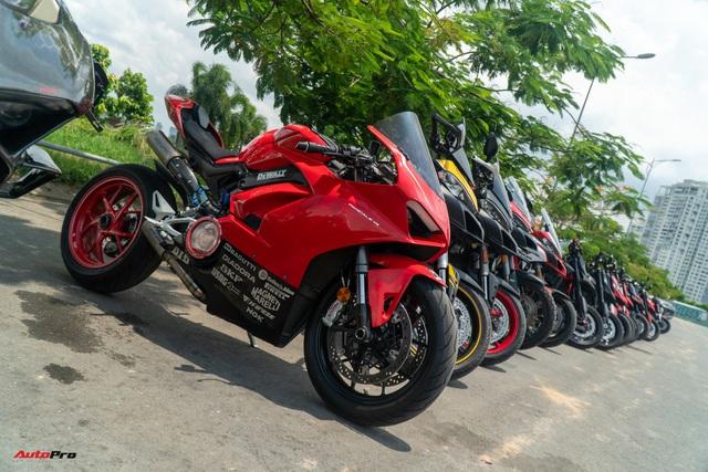 Dàn Ducati hơn 80 chiếc quy tụ tại Sài Gòn: Nhiều mô tô tiền tỷ xuất hiện - Ảnh 1.
