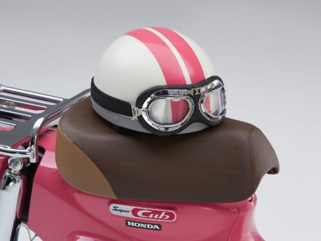 Honda giới thiệu phiên bản xe Super Cub 50 và 100 giới hạn, lấy cảm hứng từ phim hoạt hình Weathering with You - Ảnh 7.
