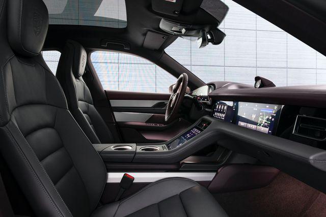 Mãi chưa ra mắt chính thức ở Việt Nam, Porsche Taycan lại có thêm phiên bản mới  - Ảnh 5.